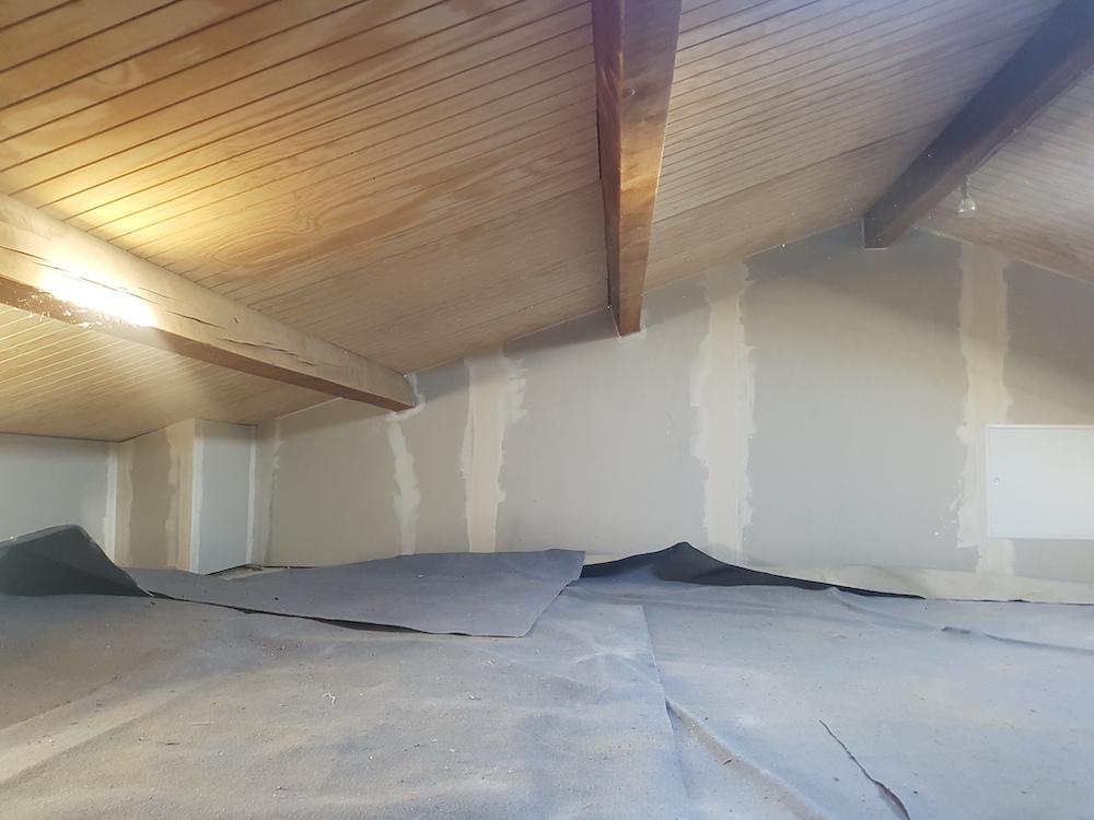 creation trappe d'accès pour espace stockage caché