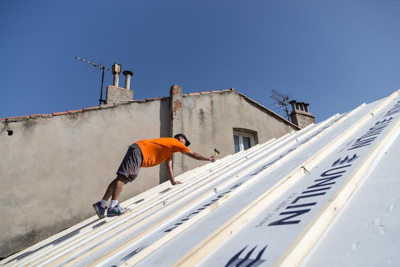qui répare les toitures